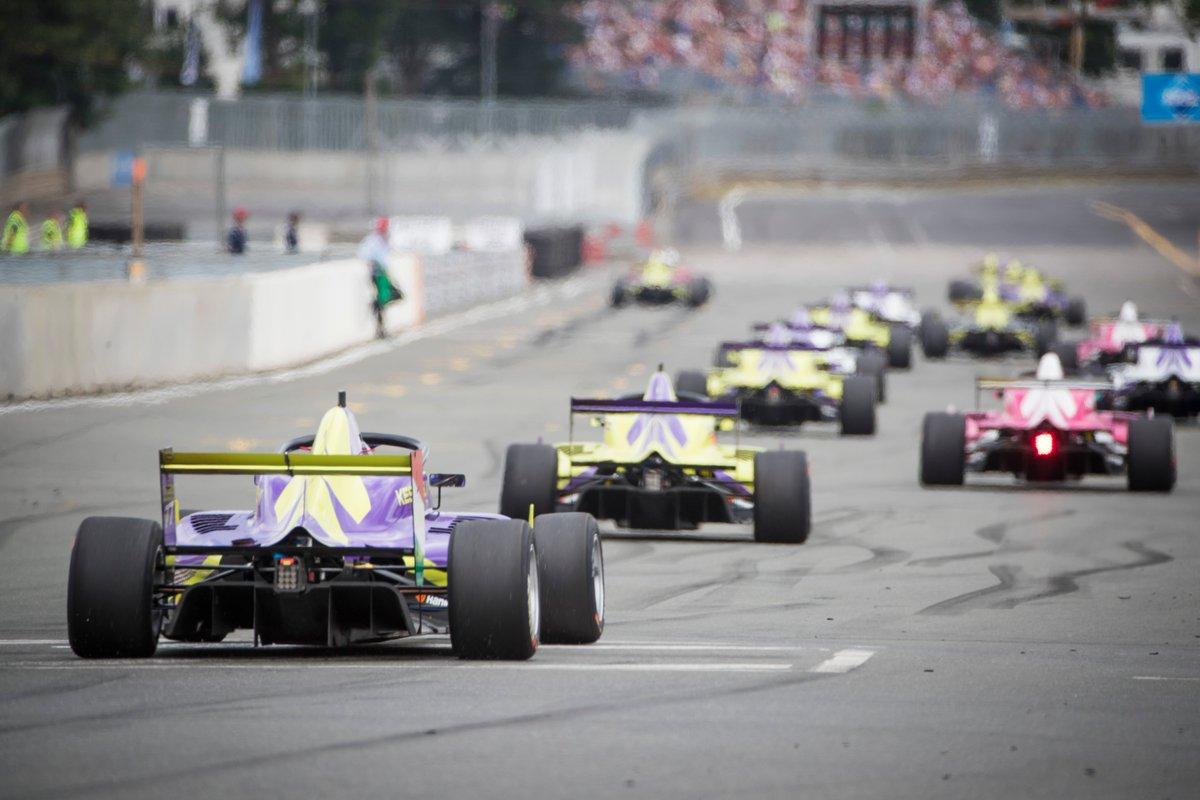 La campionessa W Series avrà punti per la super licenza F1