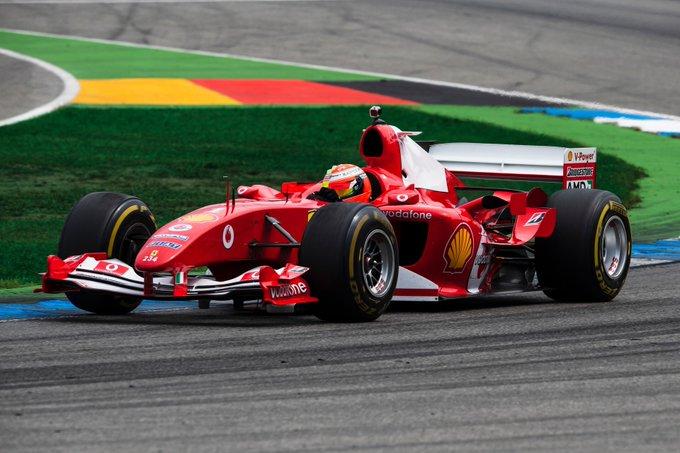 Mick Schumacher riporta in pista la F2004 e grandi emozioni