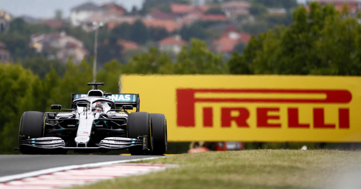 Hamilton più veloce nel venerdì variabile all'Hungaroring