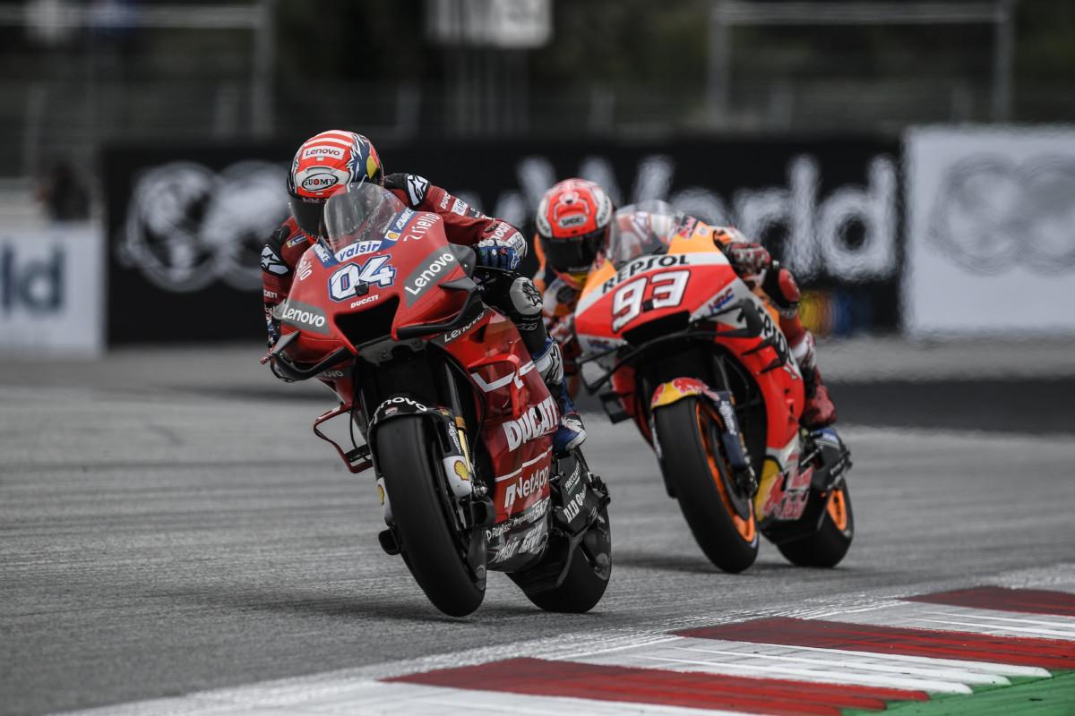 Dovizioso passa Marquez all'ultima curva e conquista l'Austria