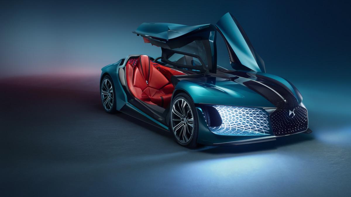 DS X E-TENSE |  sognando l'auto del 2035