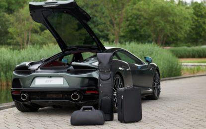 Volete una McLaren GT? Mica potete fare i barboni e mettere i vestiti in uno zaino…