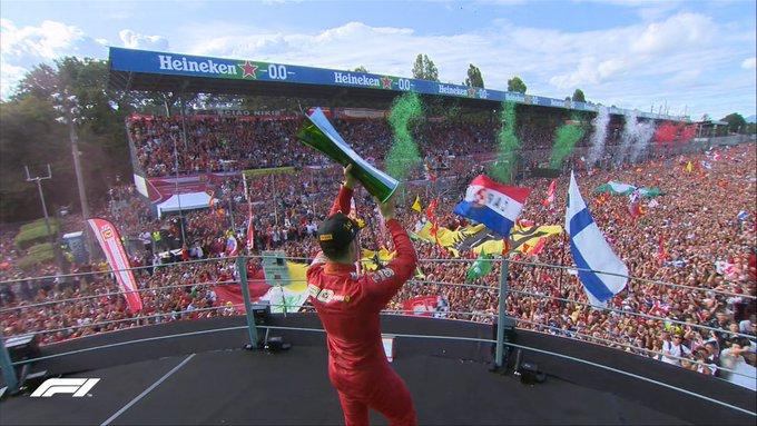 Un fiume rosso ai piedi di Charles Leclerc a Monza!
