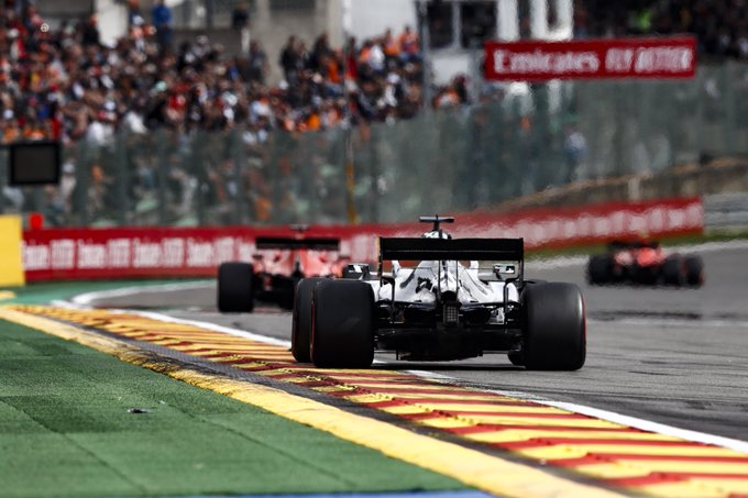 La Mercedes ammette problemi al motore 2020