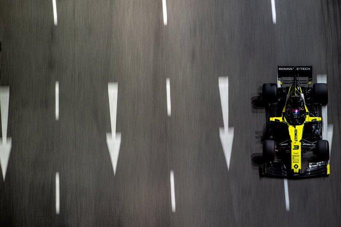 Singapore: Ricciardo squalificato per irregolarità sulla Renault. Partirà ultimo