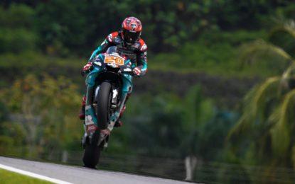 MotoGP: pole di Quartararo in Malesia. Marquez cade. Rossi 6°