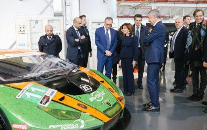 La presidente del Senato Casellati in visita alla Lamborghini