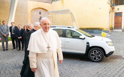 Una Dacia Duster 4×4 per Papa Francesco