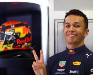 Red Bull Racing conferma Albon per il 2020
