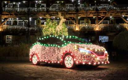 Nissan LEAF elettrizza il Natale e diventa Nissan Tree