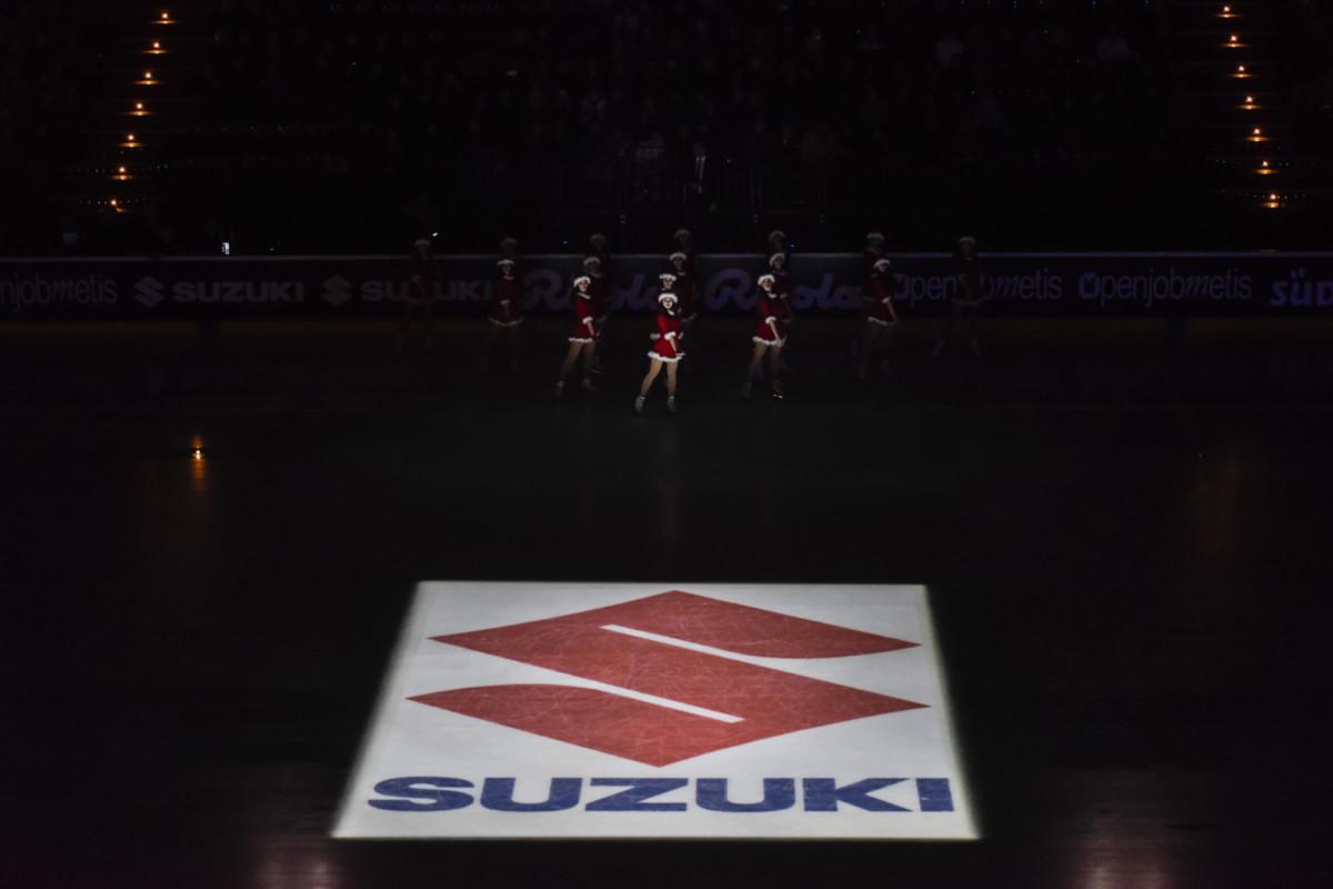 A Natale Suzuki e le stelle di Opera on Ice