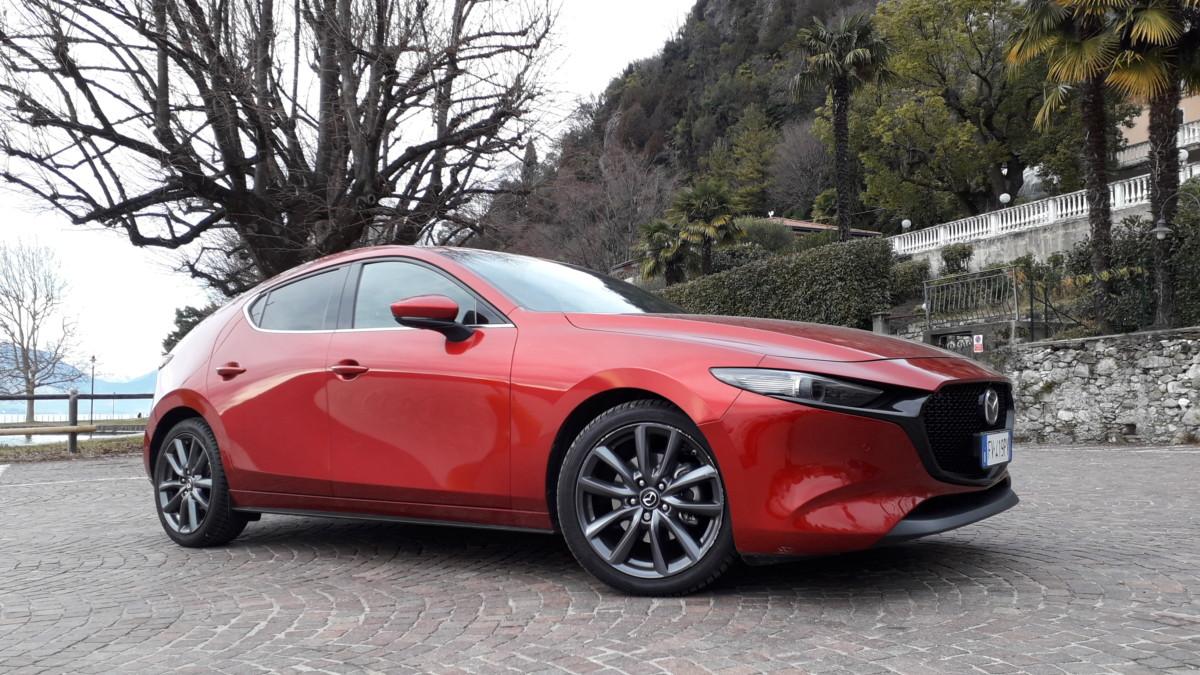 Nuova Mazda3: arrivano nuovi motori