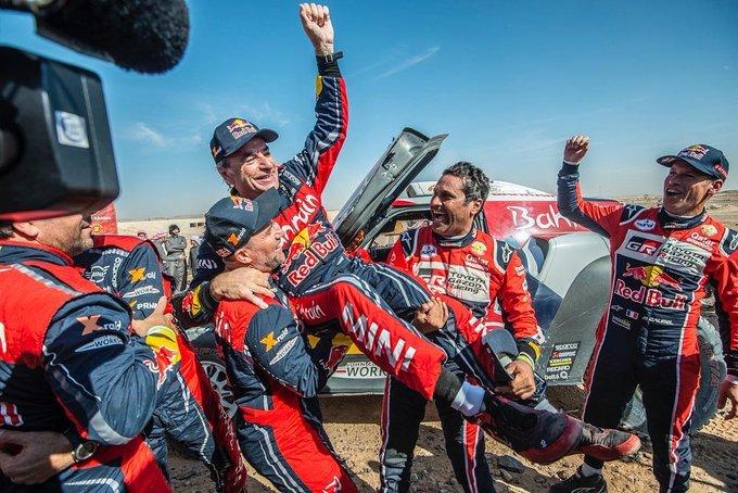 Carlos Sainz conquista la sua terza Dakar