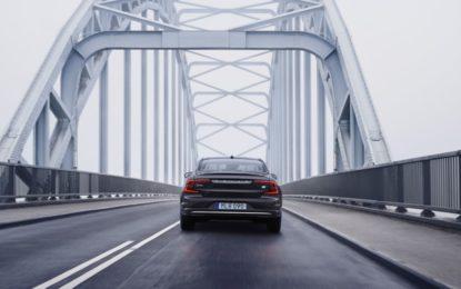 Volvo S90 e V90: versioni aggiornate e anche mild hybrid