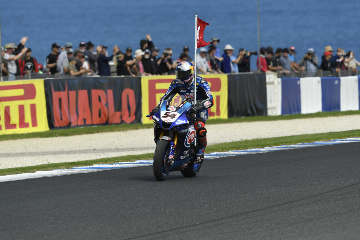 Superbike: Razgatlioglu e Yamaha vincono la prima gara stagionale