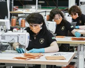 Lamborghini: mascherine e visiere mediche per l'ospedale di Bologna