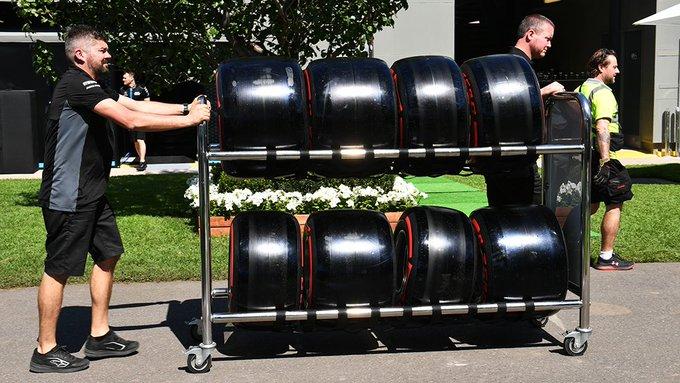 Un membro del team Pirelli F1 positivo al COVID-19