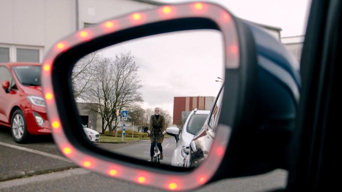 Ford Exit Warning: una nuova tecnologia per la sicurezza