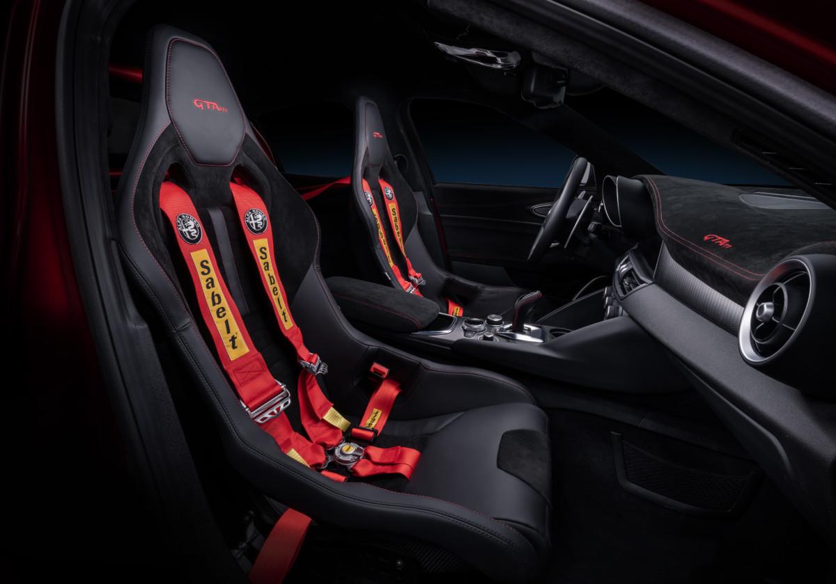 Sabelt firma sedili e cinture della nuova Giulia GTAm