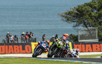 Superbike: vincono le Kawasaki di Rea e Lowes. In WSSP successo di Locatelli