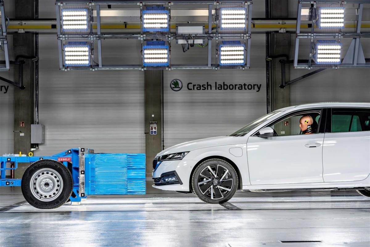 Nuovo centro di ricerca sui crash test per ŠKODA