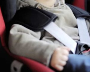 Dispositivi anti-abbandono: dal 6 marzo le multe. E come chiedere il bonus