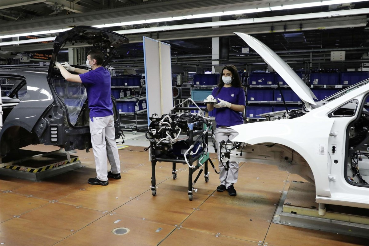Volkswagen avvia la ripresa graduale della produzione