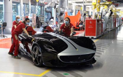 La produzione Ferrari a pieno regime dall'8 maggio