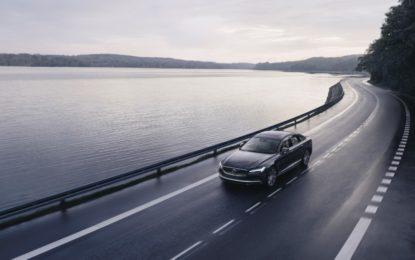Per tutte le nuove Volvo velocità limitata a 180 km/h e dispositivo Care Key