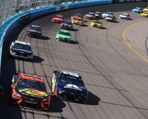 La NASCAR non ha paura e condanna violenza e razzismo negli USA