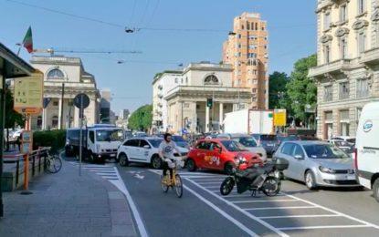 Milano: ripartenza e caos traffico, grazie all'ideona delle ciclabili