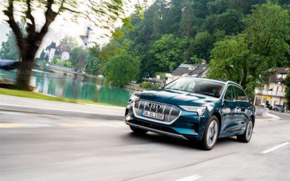 Audi e-tron: 110 km d'autonomia in 10 minuti di ricarica