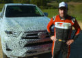 Fernando Alonso prova il nuovo Toyota Hilux