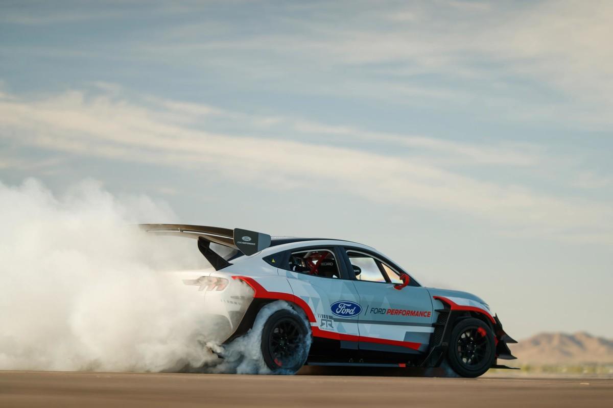 Mustang Mach-E 1400: prestazioni e adrenalina