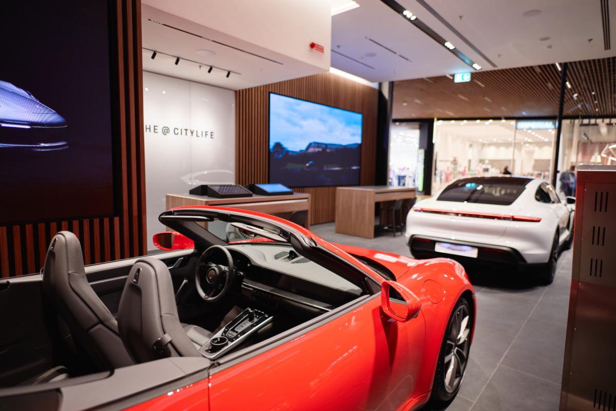 Inaugurato a Milano Porsche@CityLife