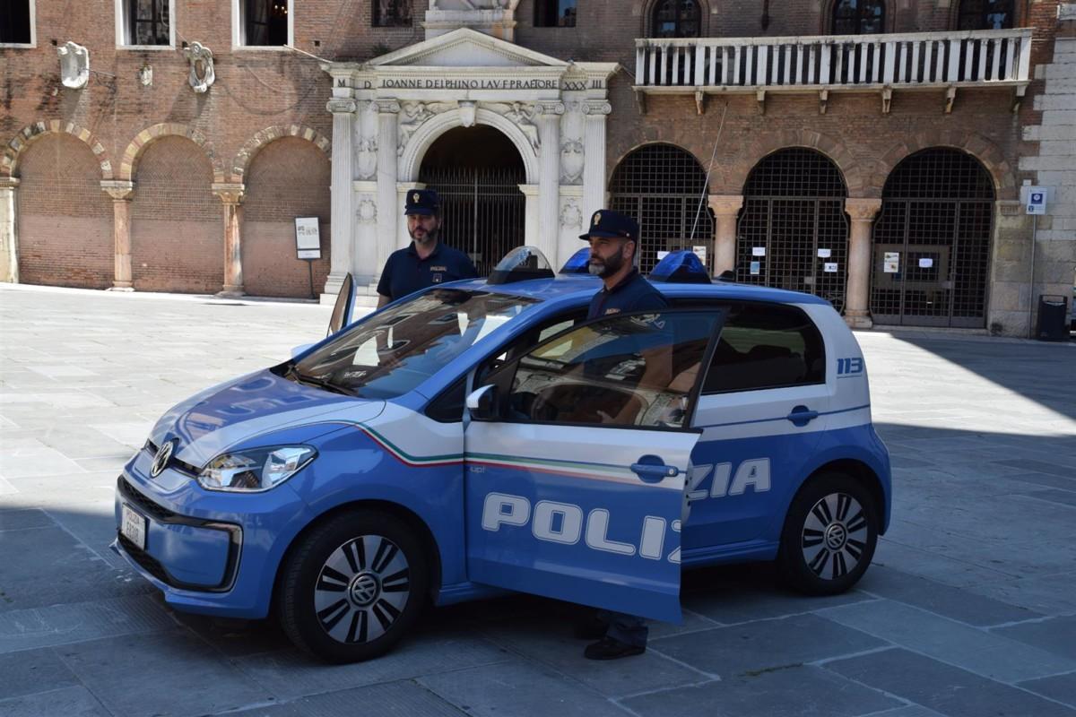 Una Volkswagen e-up! per la Polizia di Verona