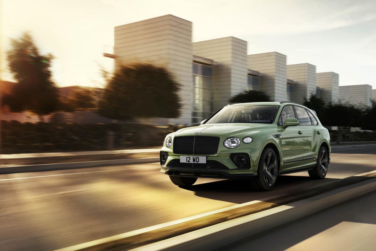 Nuova Bentley Bentayga: il luxury SUV si migliora