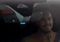 Opel Grandland X: luce blu quando viaggia in elettrico