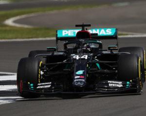 Gran Bretagna: Pirelli farà un'analisi approfondita sul problema gomme