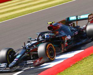 #F170: Bottas brucia Hamilton. Terzo l'incredibile Hulk. Ferrari e Alfa imbarazzanti