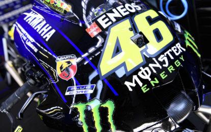 Abarth in pista a Misano sulle Yamaha di Rossi e Viñales