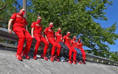 """Vettel e Leclerc: """"Ci mancano i tifosi. Faremo il massimo per loro"""""""
