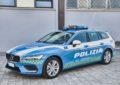 Ad Autovie Venete 25 Volvo V60 in allestimento Polizia