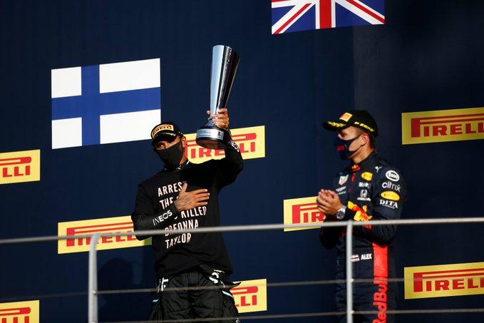 Politica in F1: dalle T-shirt di Hamilton all'inno d'Italia. Non della Ferrari!
