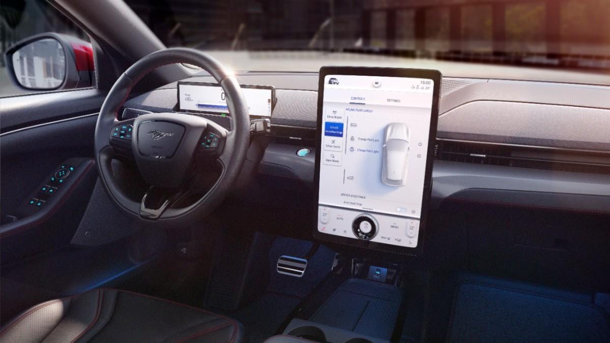 Ford SYNC di nuova generazione: sicurezza e personalizzazione