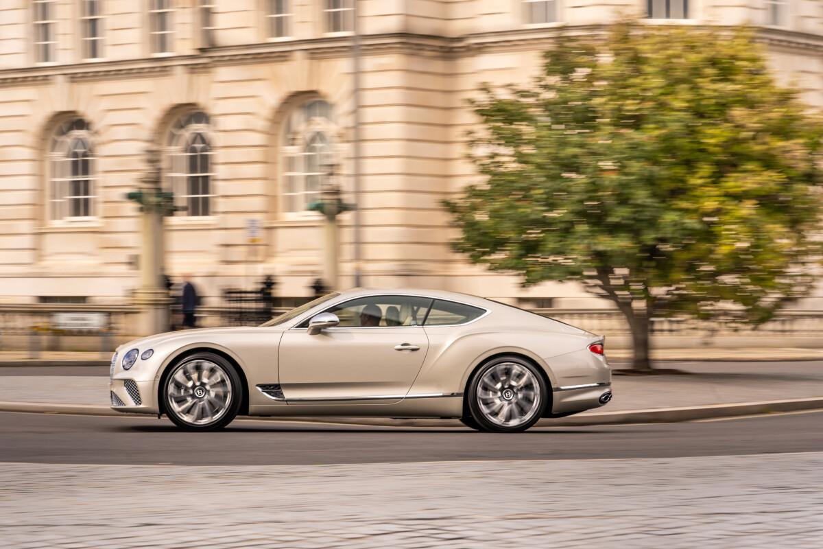 A Salon Privé debutta la nuova Bentley Continental GT Mulliner