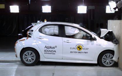 Nuovi test Euro NCAP: 5 stelle per la Toyota Yaris