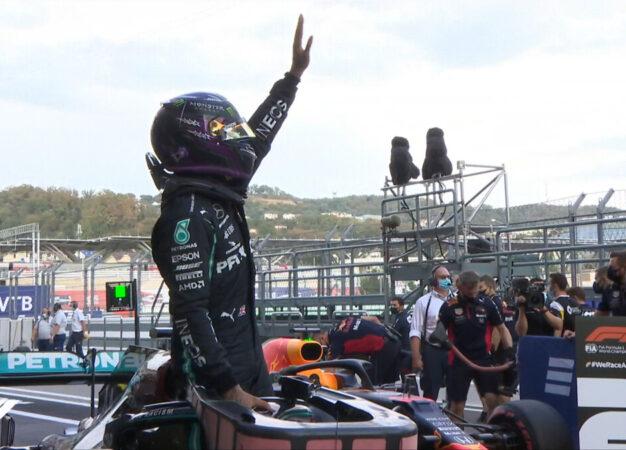 Russia: Hamilton, Verstappen e Bottas. Indagine permettendo. Ferrari 11° e 15°