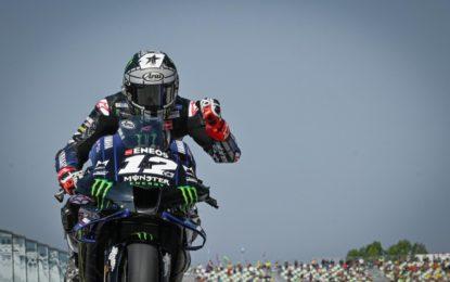 MotoGP: a Misano pole di Viñales. Rossi quarto. 12 piloti in meno di 1 secondo