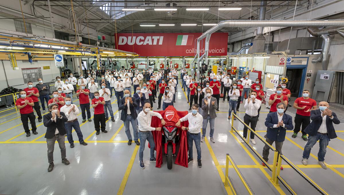 Ducati Multistrada V4 con tecnologia radar anteriore e posteriore